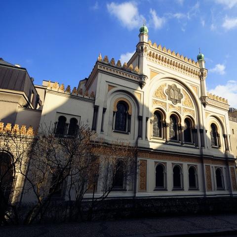 c_480_480_16777215_00_images_tours_prague-spanish-synagogue.jpg
