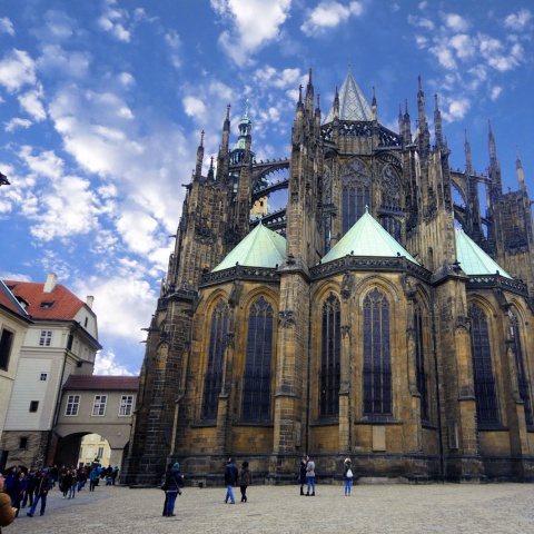 c_480_480_16777215_00_images_tours_st-vitus-cathedral-2.jpg