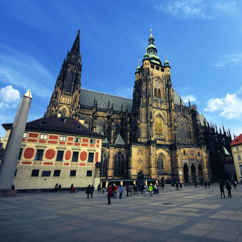 c_480_480_16777215_00_images_tours_st-vitus-cathedral.jpg