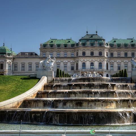 c_480_480_16777215_00_images_tours_vienna-belvedere-palace.jpg